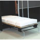 Vertikalaus lovos pakėlimo mechanizmas